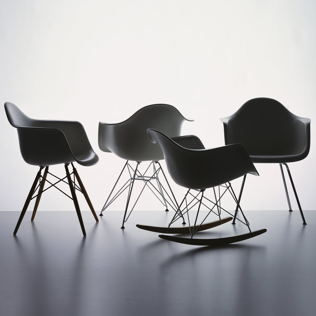 Eames Plastic Armchair DAX ambiance