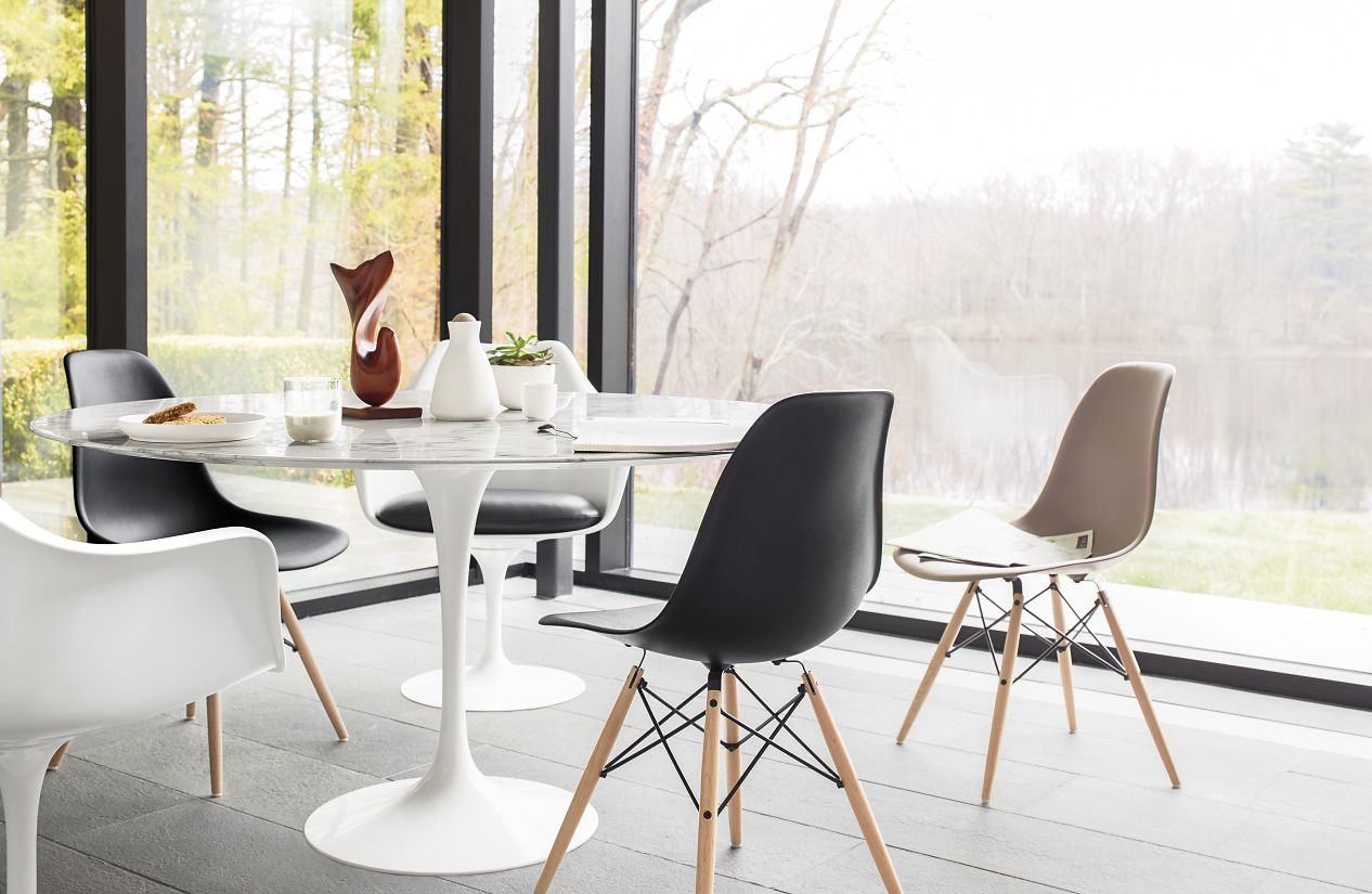 Eames Plastic Side Chair DSW ambiance