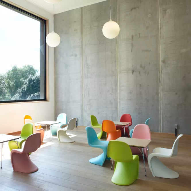 Panton-chair-2.jpg